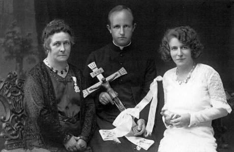 Novomašnik Srečko Huth, mati Mihaela in sestra Nuša