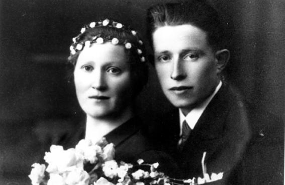Leto 1938 – Ženin Franc Logar in nevesta Neža Stanonik