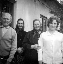 Leto 1955 – Stari oče, teta Ihana, mati Neža in Francka