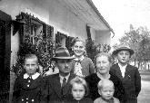 Ložarjeva družina v začetku vojne