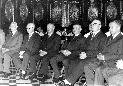 Veliki četrtek 1975 v ljubljanski Stolnici – Ložar tretji z desne