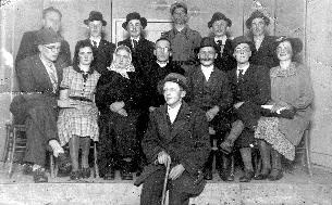 Mirnopeški Orli so leta 1927 igrali Desetega brata